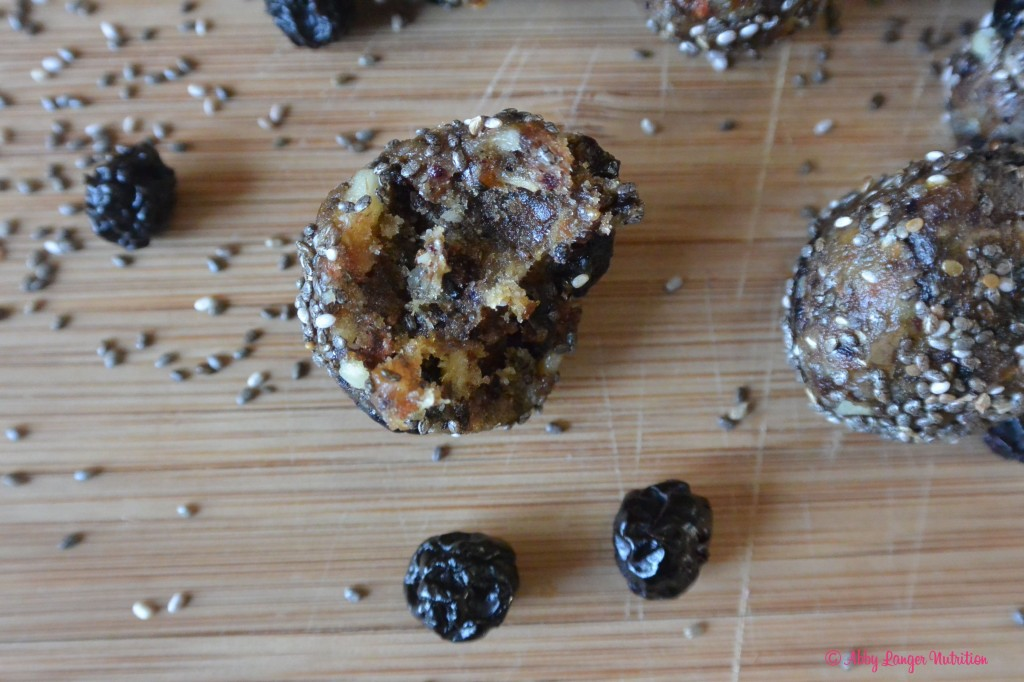 Chia energy balls with a bite
